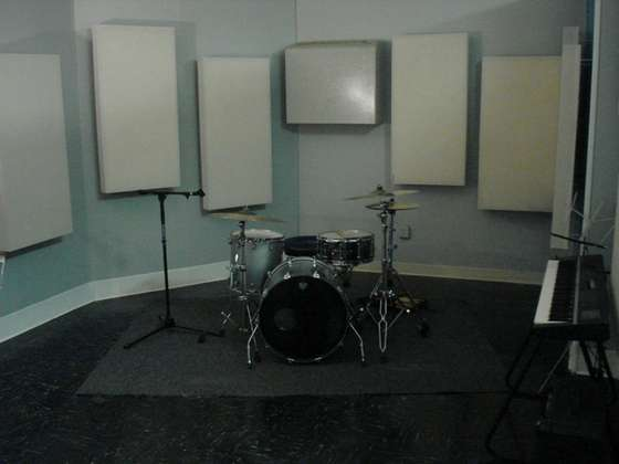Acoustic_panels_for_recording_studi